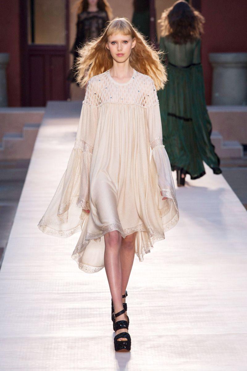#SoniaRykiel #2017 #Fashion #Show #Fall2017 #pfw #Paris #Fashionweek via @TheCut