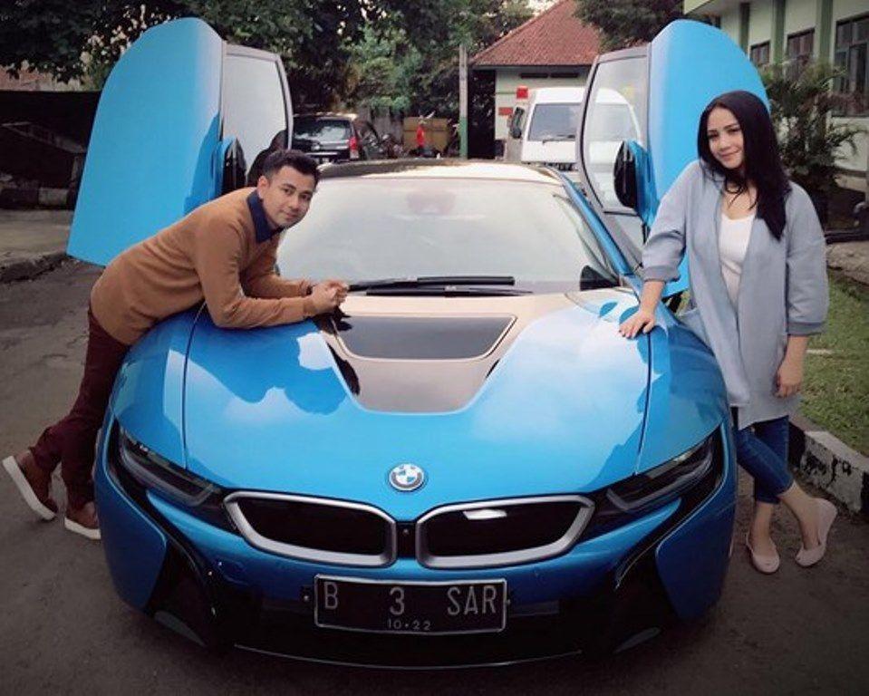 Unggah Foto Mobil Mowal Mewah Dengan Plat B 3 Sar Farhat Abbas Somasi Raffi Ahmad Mobil Mobil Mewah Kemewahan