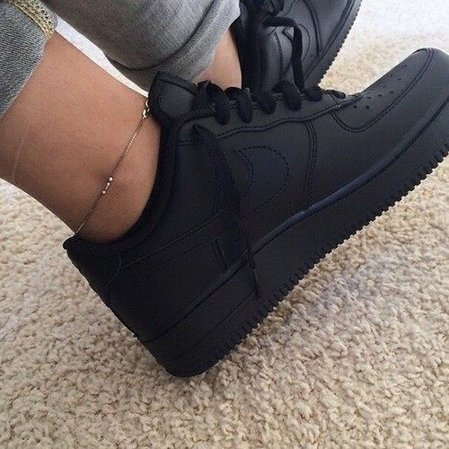 ankle bracelets tumblr - Google Search WOMEN S ATHLETIC  amp  FASHION  SNEAKERS http    10406d46b2747