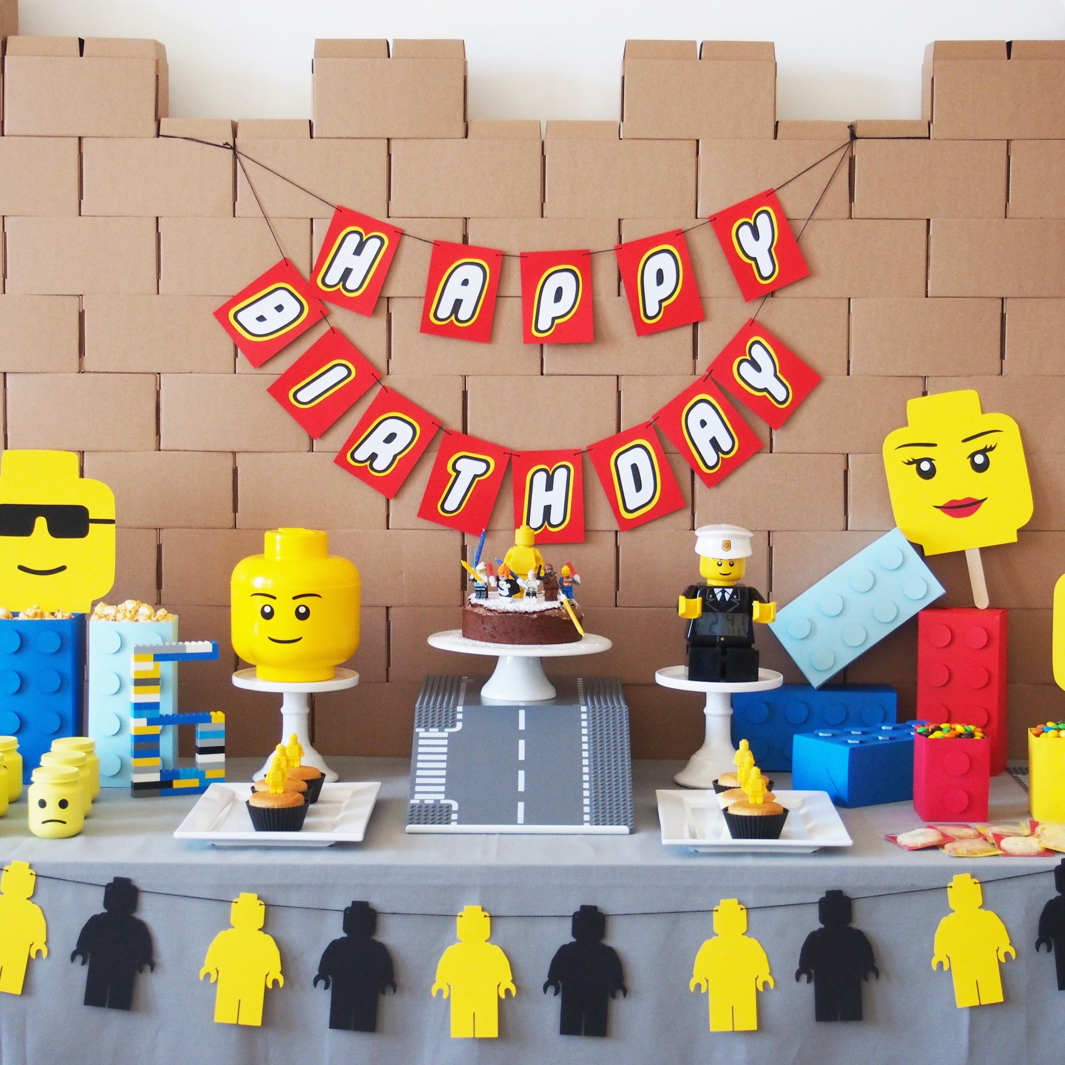 Lego Party 7 Ans Lucas Anniversaire De Lego Anniversaire Lego