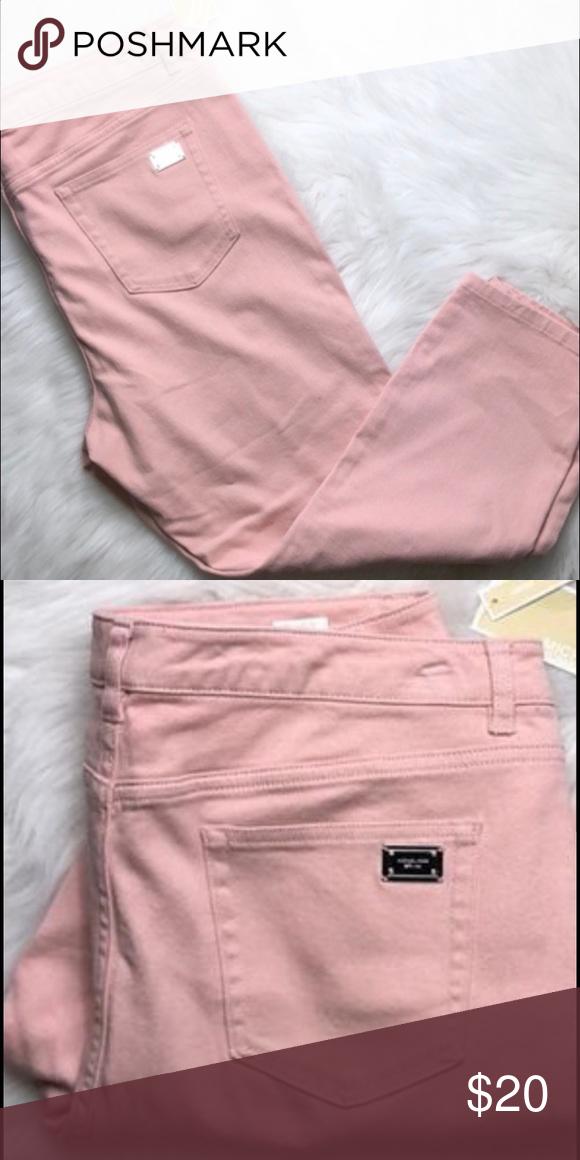 "396a38167008b NWT Michael Kors crops skinny pants NWT Michael Kors crops skinny Color-  Pink Size 4 Waist 14.3"" Rise 8.5"" Inseam 24.2"" Michael Kors Pants"