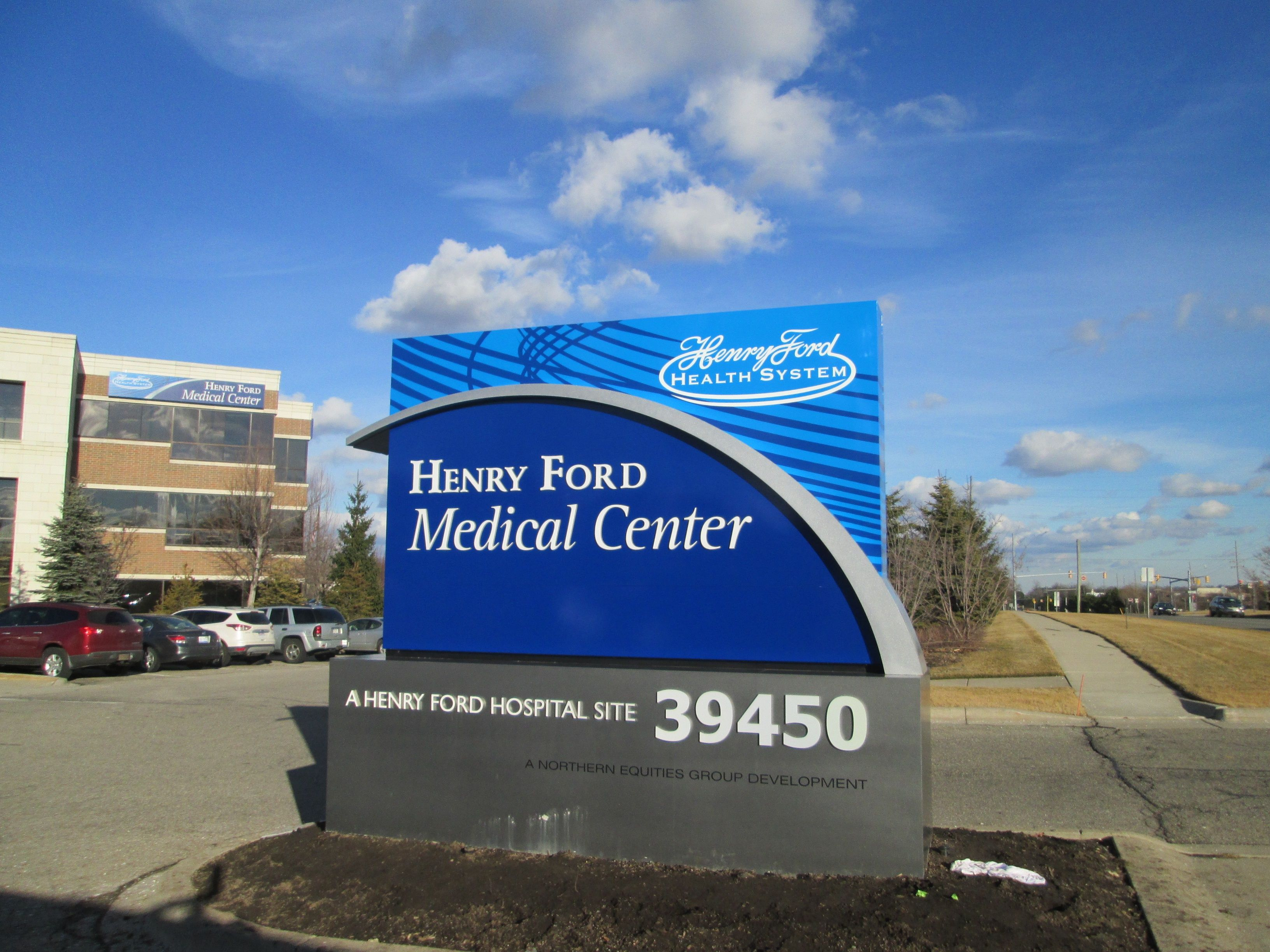Henry Ford Med Center Novi Sign By Phillips Signs And Lighting