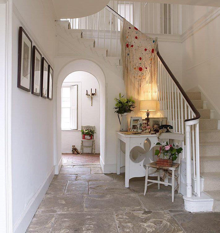 rose villa 04 1 escalier. Black Bedroom Furniture Sets. Home Design Ideas