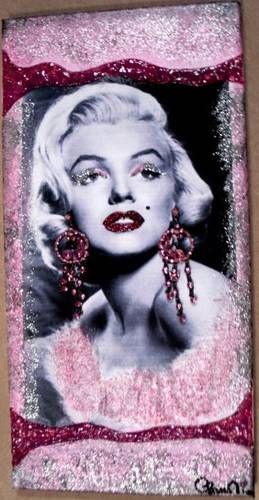 Faccio quadri con stampe di Marilyn Monroe con inserite orecchini ...