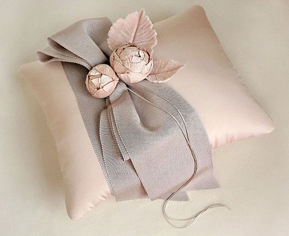 Tailored Garden Ring Pillow in Pink and Taupe by EmiciLivet