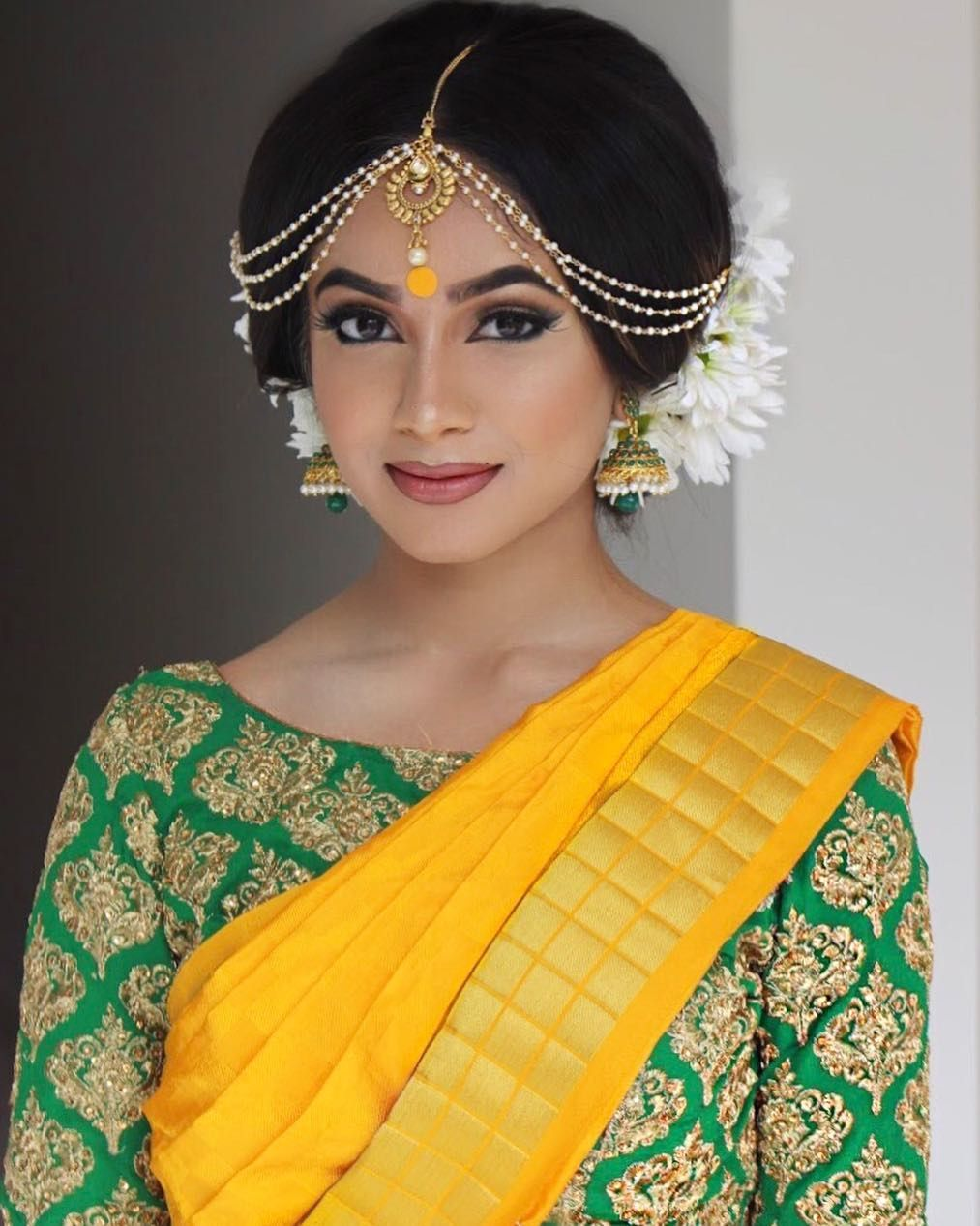 My type of bridal look ☀️. . . . Sare Indian bridal