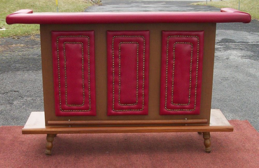 Vintage Mid Century Modern Red Vinyl Padded Formica Bar W Oak Rails 3 Stools Mid Century Modern Formica Stool