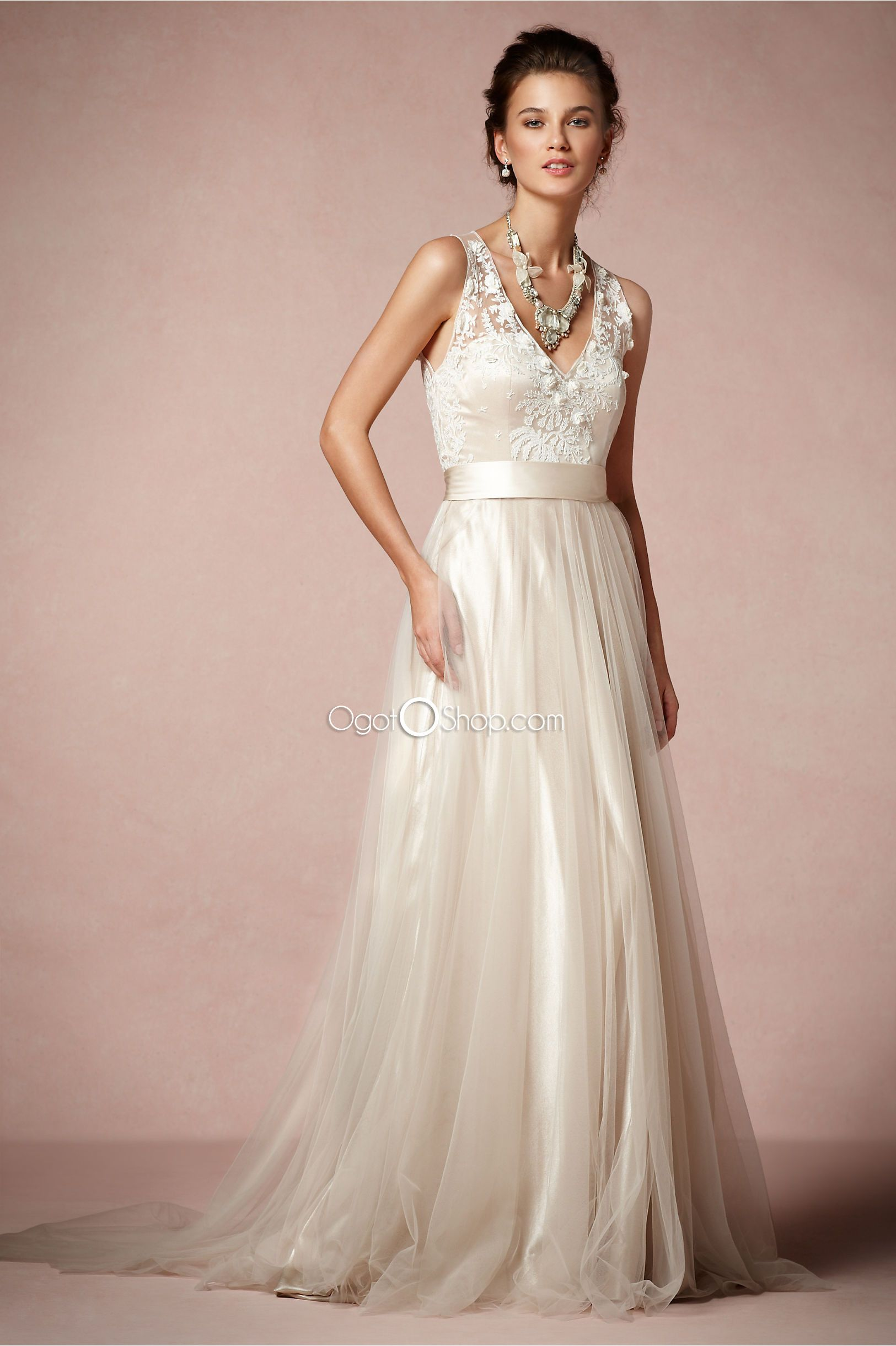 Funky Ivory v-neck wedding dress with delicate applique corset and ...