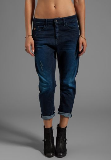 G-STAR Charlie 3D Loose Tapered in Comfort Fint Denim Dark Vintage CHELS you need these !!!!!!! I'm serious!