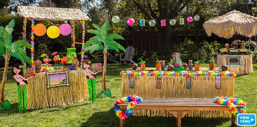 Tiki Party Theme Party City Moira S Birthday Party Luau Party
