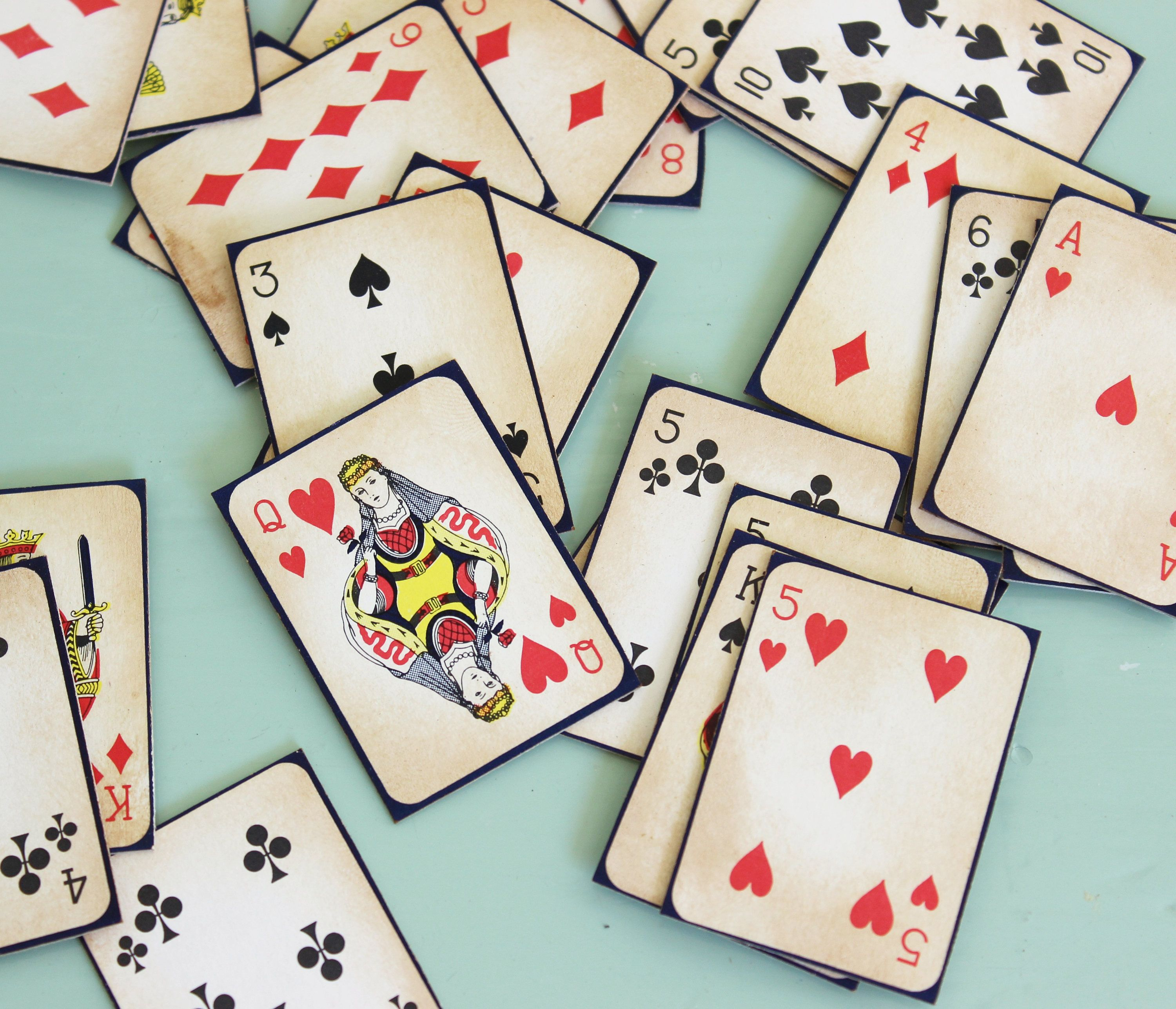 Antiqued vintage miniature playing cards game pieces 25