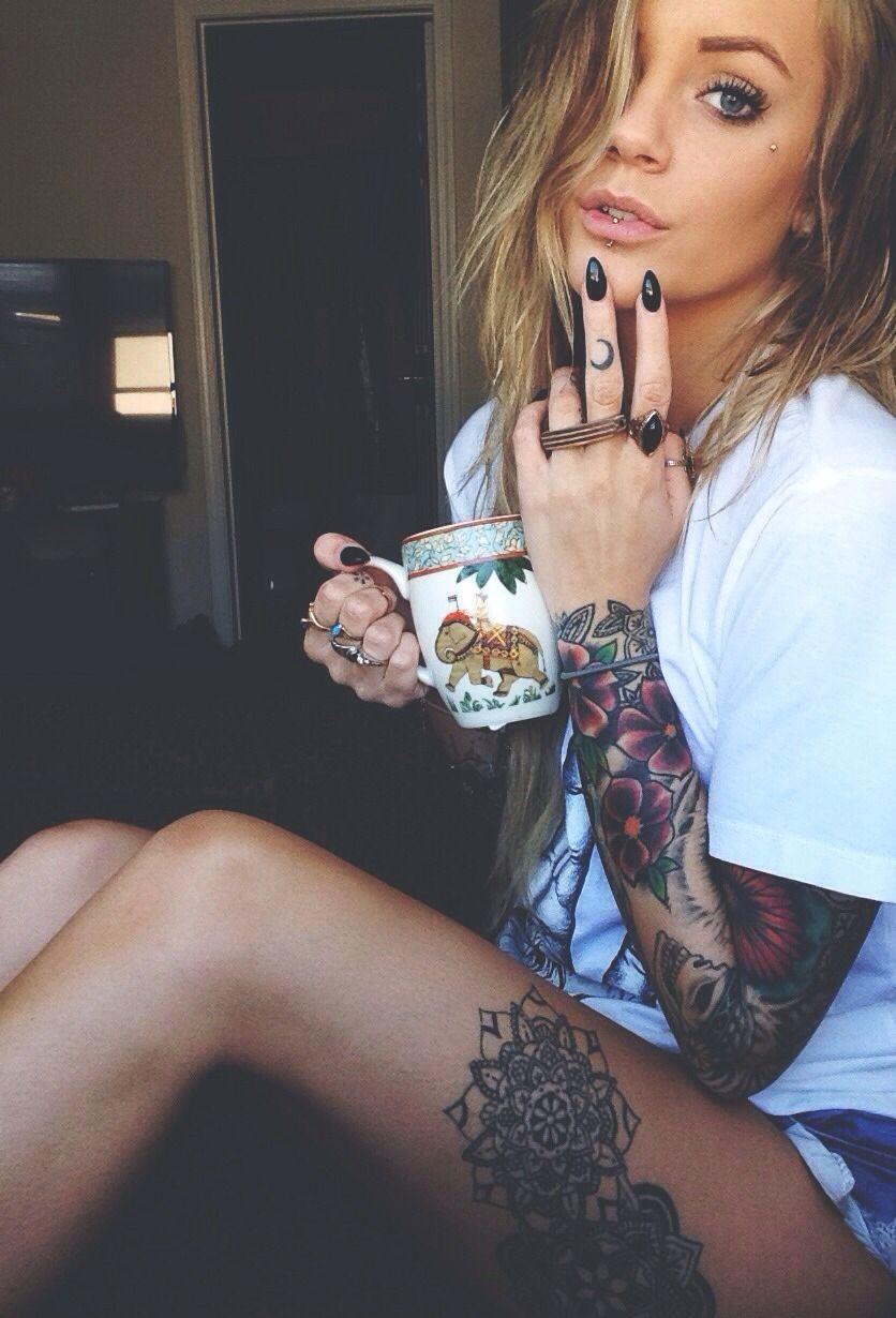 Sexy tattoo women fucking — 15