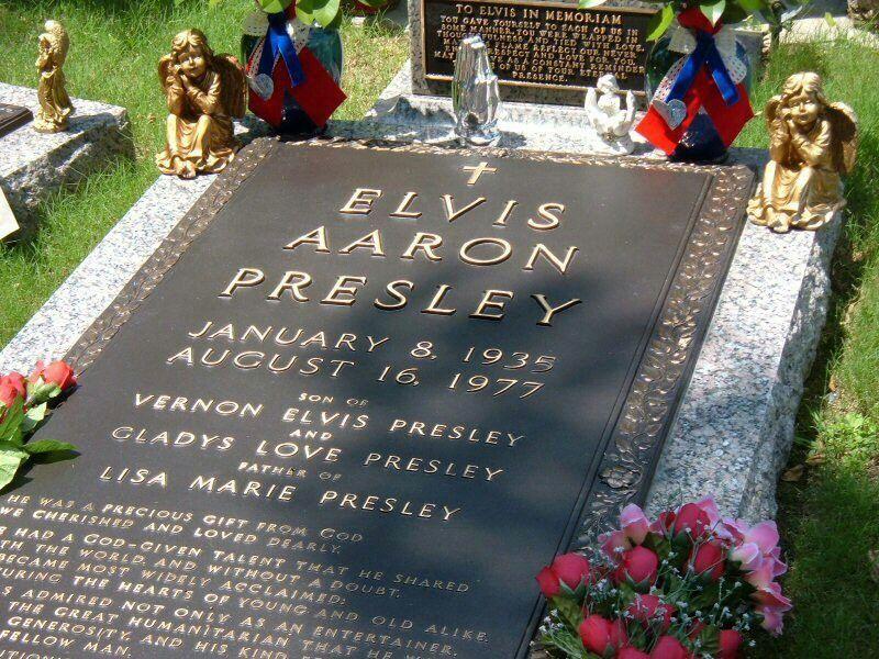 Naar Het Graf Van Elvis Presley Elvis Presley Grave