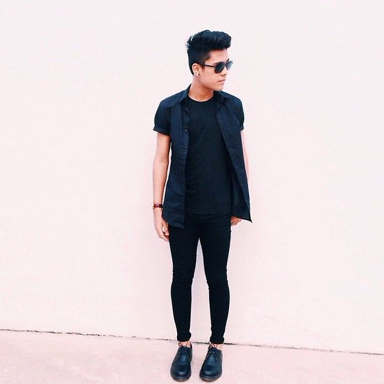 Cotton On Plain Black Tee, H&M Short Sleeve Button Down, Ray Ban Ray Bans
