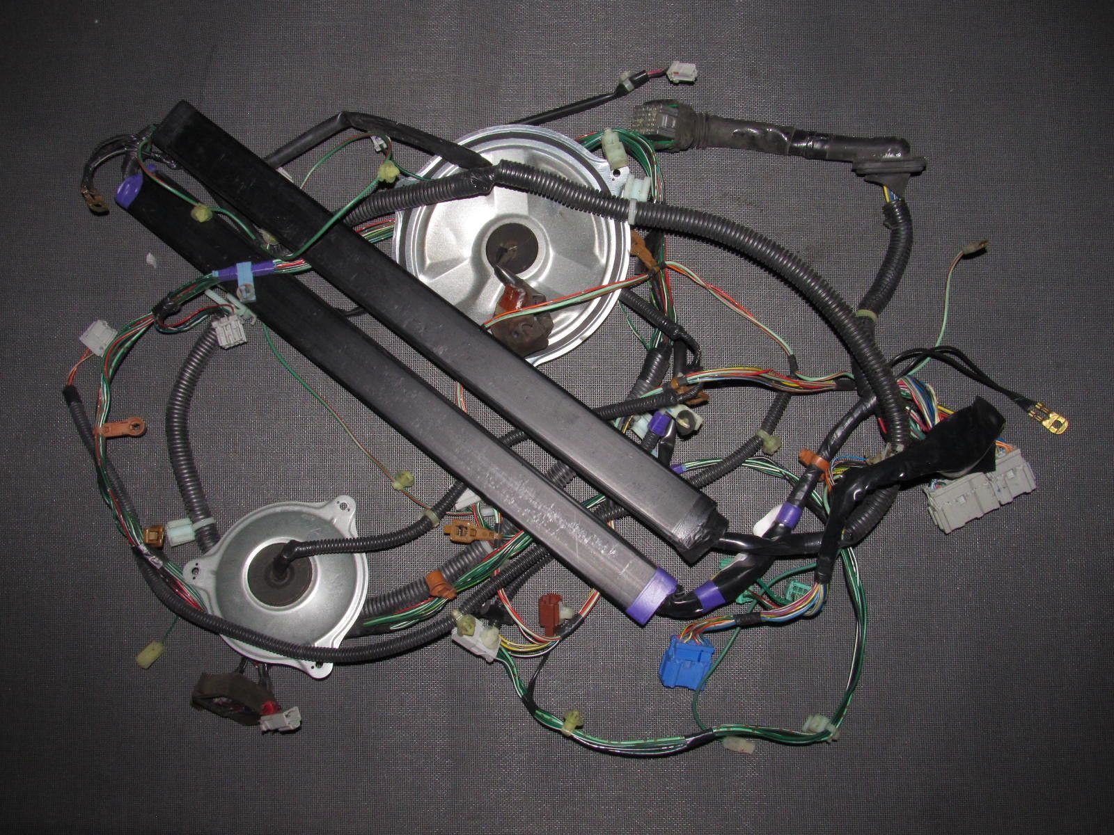 94 01 acura integra oem coupe tail light fuel pump antenna wiring harness driver side left [ 1600 x 1200 Pixel ]