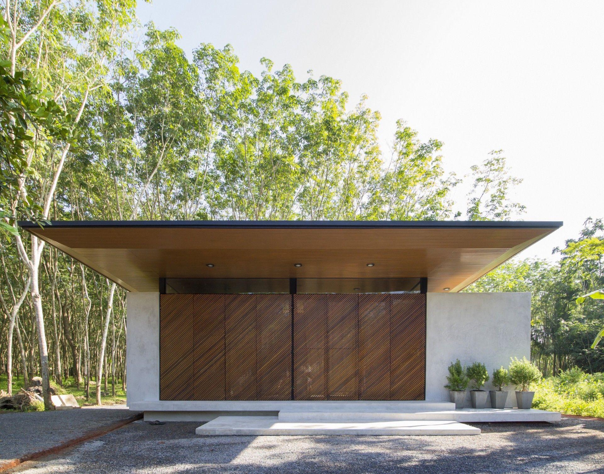 PHATTHALUNG HOUSE by Rakchai Norateedilok Architect | Architecture ...