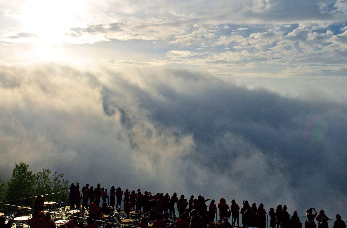 Walk On Clouds Unkai Terrace Hokkaido Japan Things To