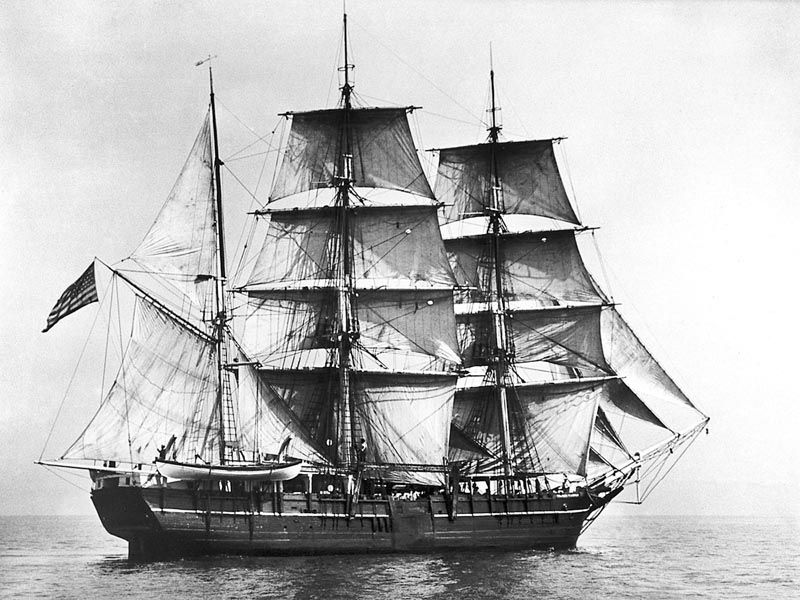 Charles W. Morgan under sails