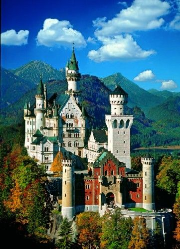 Schloss Neuschwanstein Bavaria Germany Of The Many Castles That I Love This One Tops The List Of Visual Neuschwanstein Castle Places To Go Places To Travel