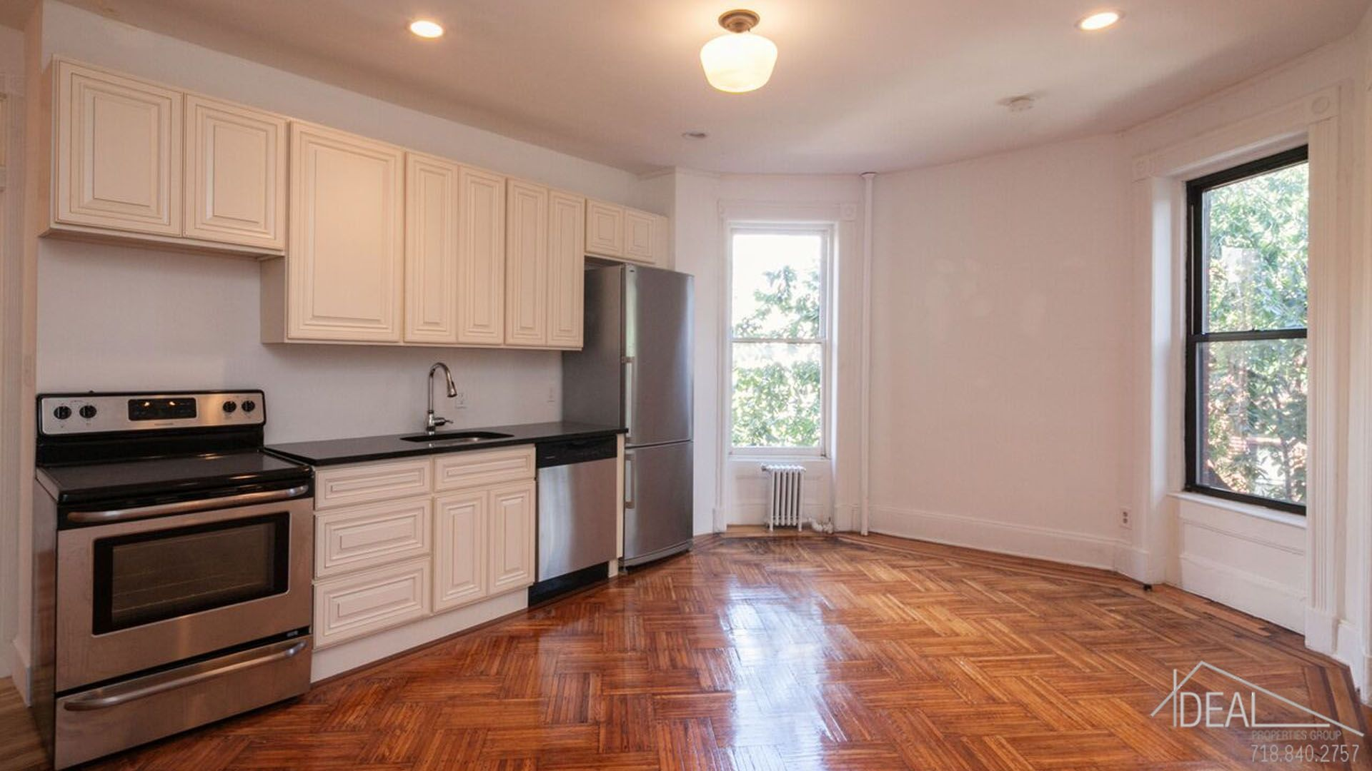 Just reduced for October 1 movein! 2 bedroom 1