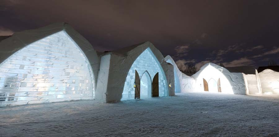 If I ever travel to Quebec, I SO want to stay here if only for a night! Looks awesome!