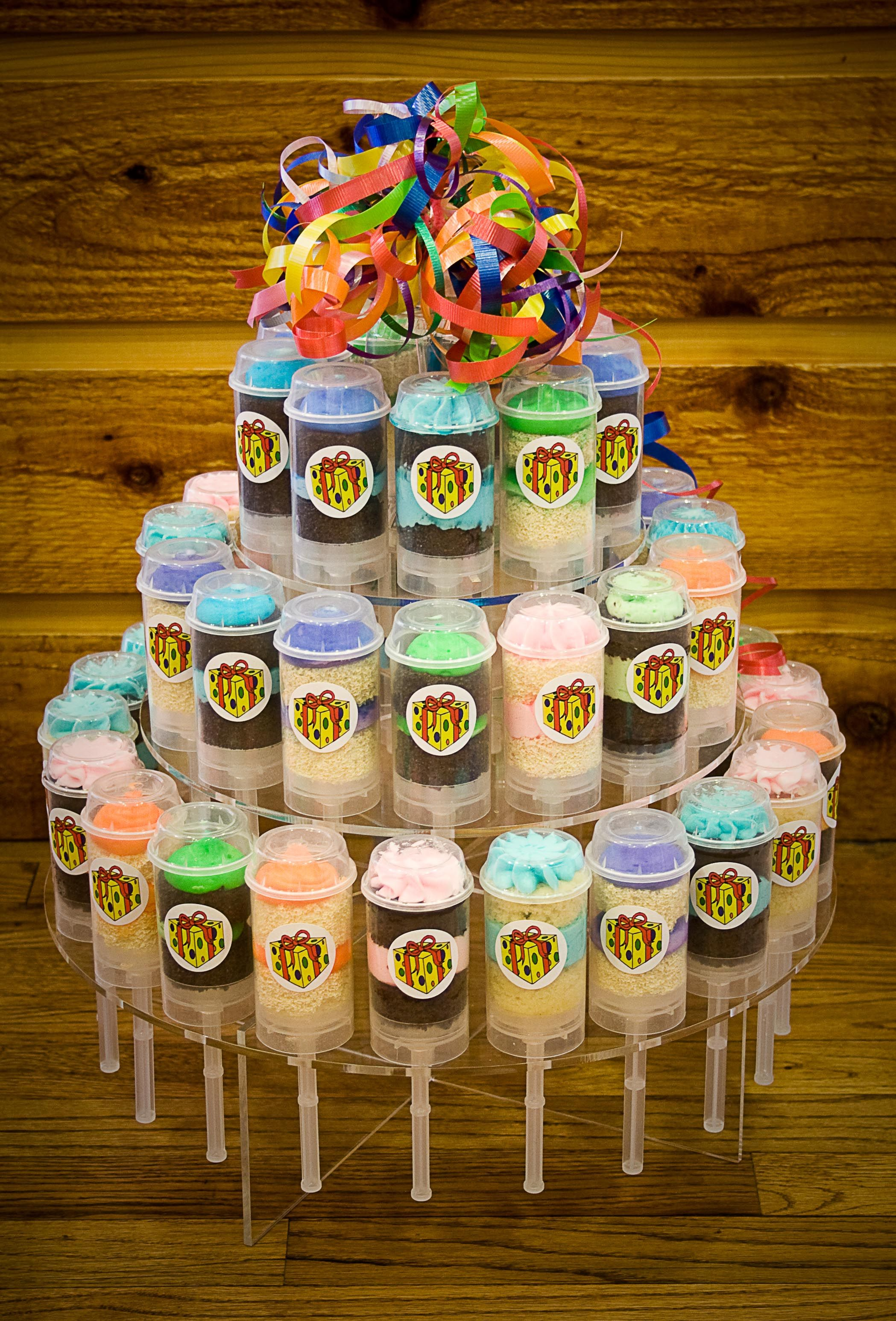 Cakeslider Creations Happy Birthday Tier A Great Idea For A