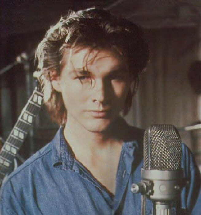 Pin by Addie Neal on a-ha | Aha band, Lead singer, Singer