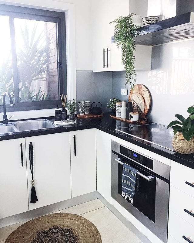 Best Happy Thursday My Black And White Kitchen Corner Love 640 x 480