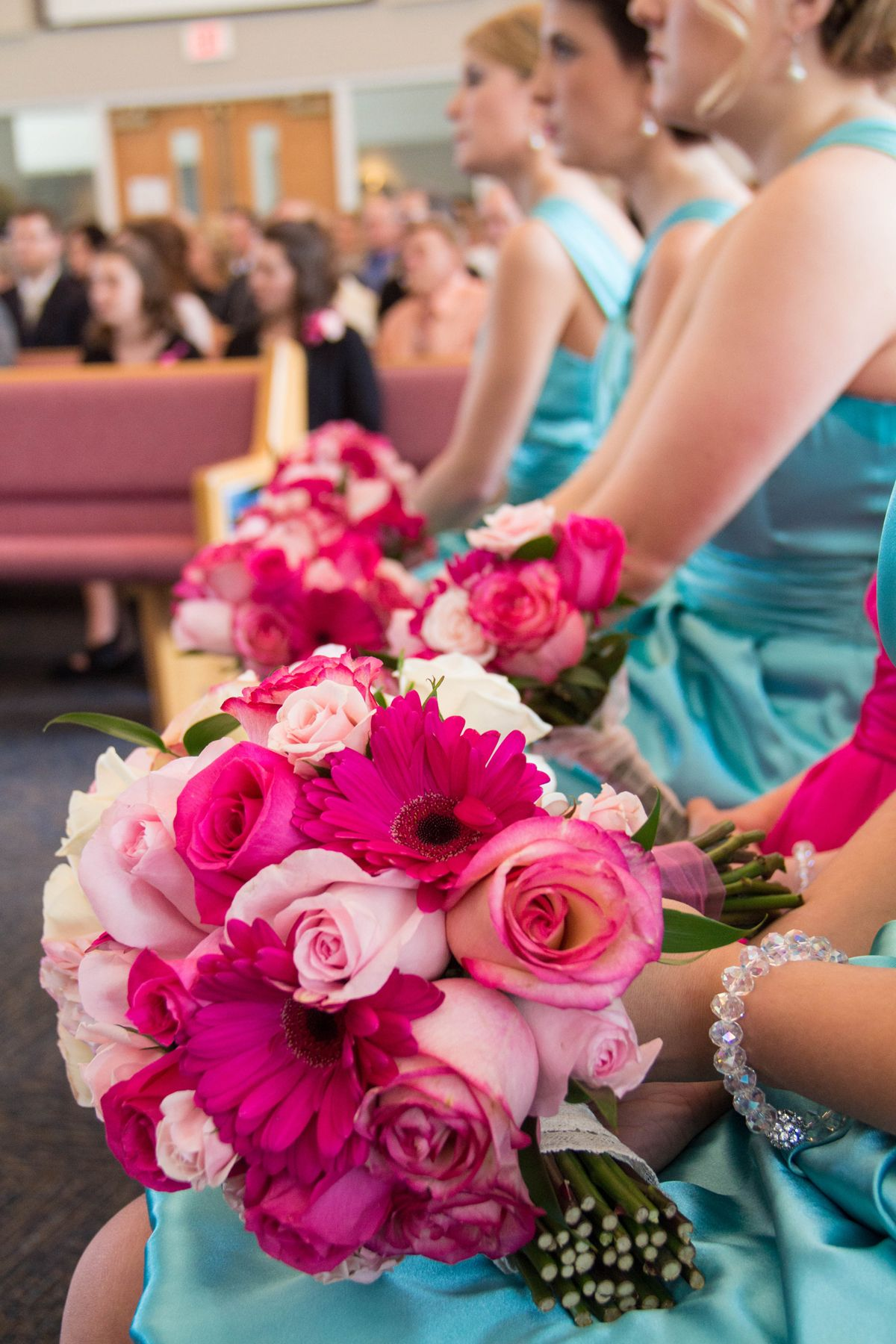 Love the pink bouquets with the aqua blue bridesmaids dresses! Photo ...