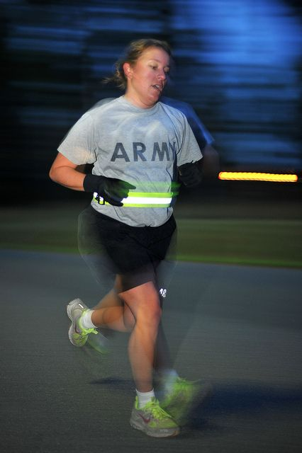 Sgt  Erin Van Maanen performs the Army Physical Fitness Test