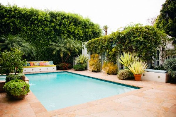 Love This Pool With The Plants All Around Perfect Patio Outdoor Backyard Pool