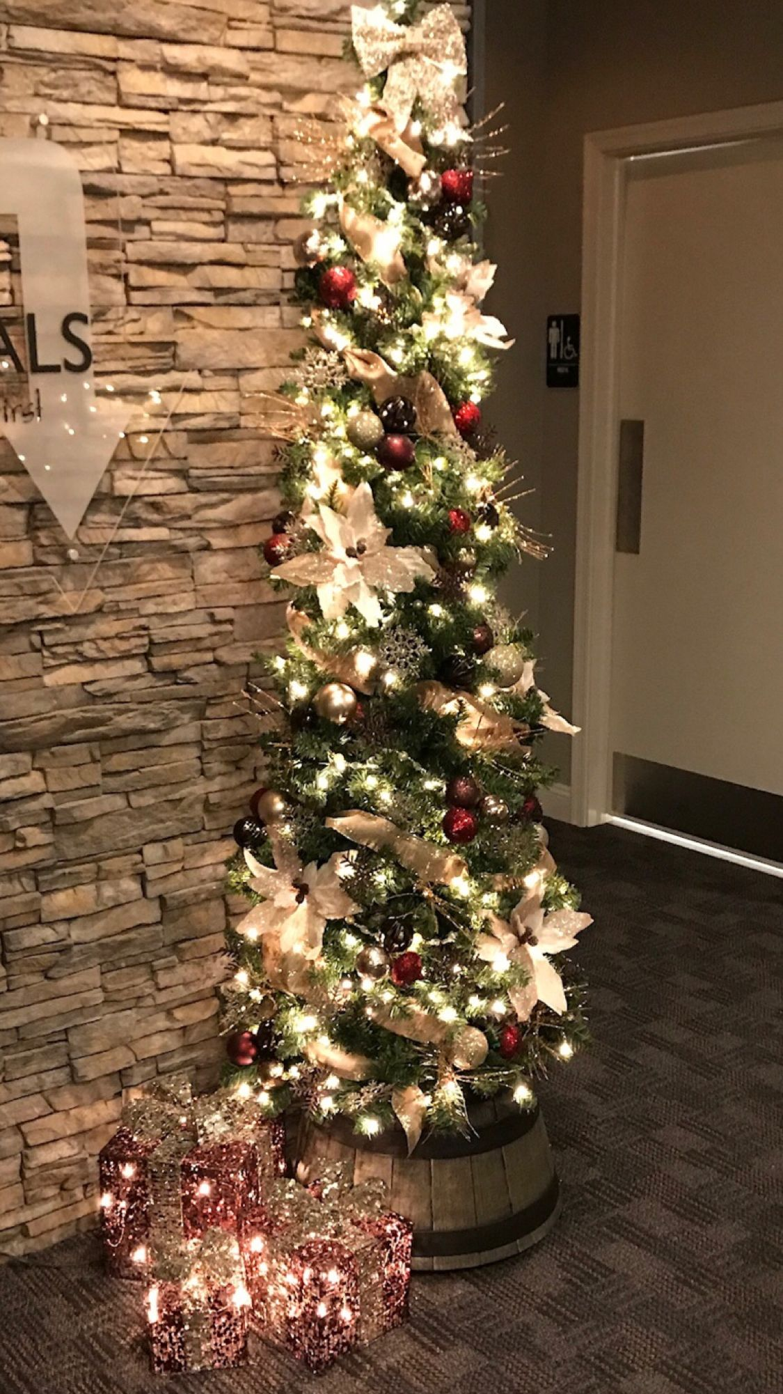 2017 Brown & Burgundy Holiday decor, Christmas tree, Decor