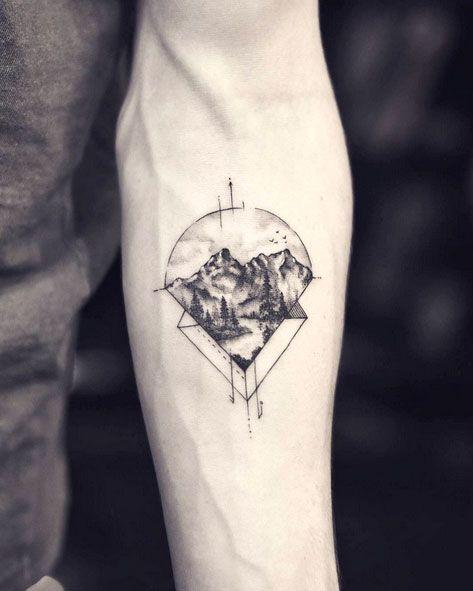 Mountain Linework Tattoo Artist Drag N Y C West4tattoo 212 924 8080 163 West4th Street Appointment O Geometric Tattoo Tattoos For Guys Simplistic Tattoos