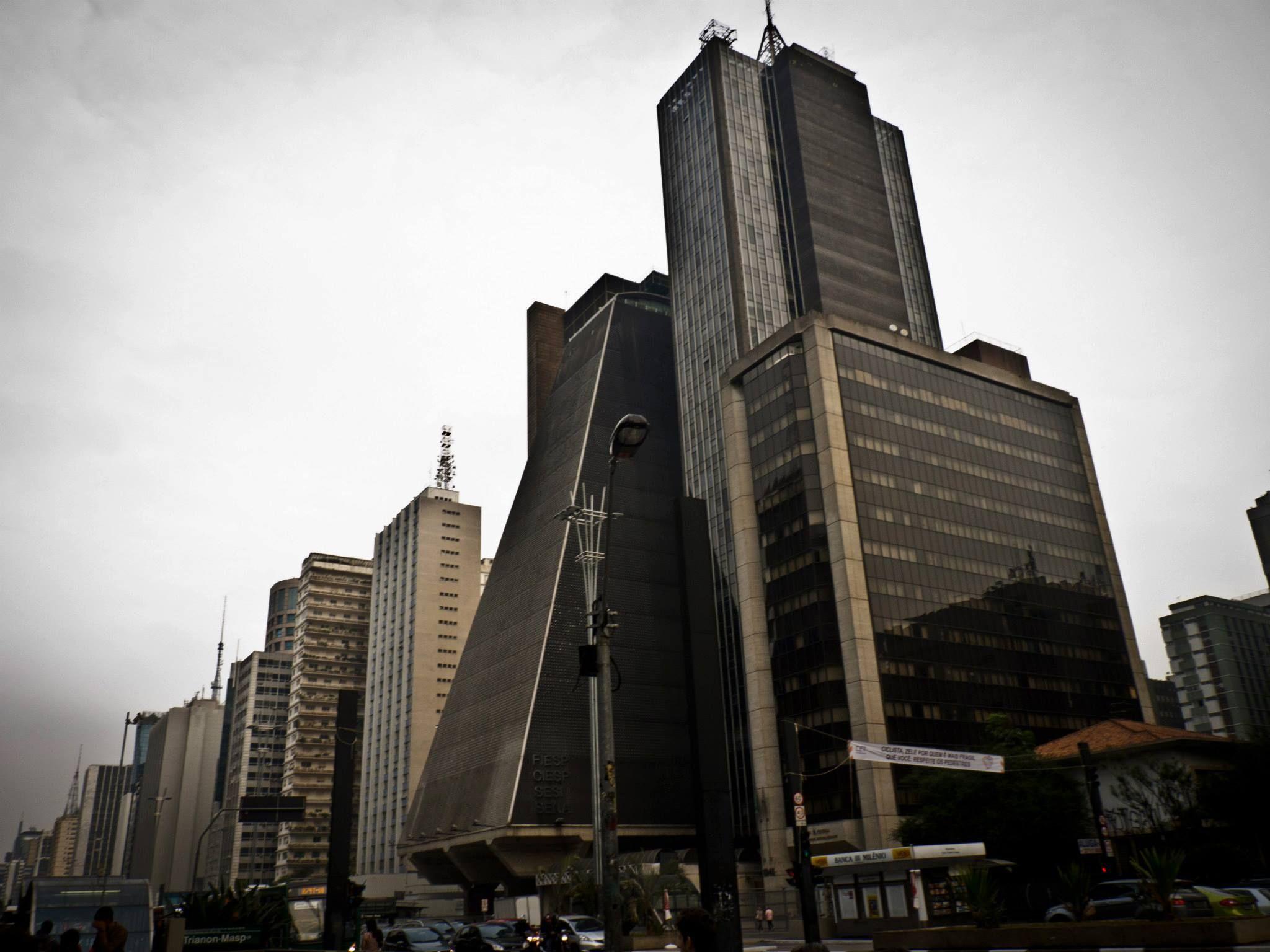 Perspectiva Paulista  Em: Avenida Paulista