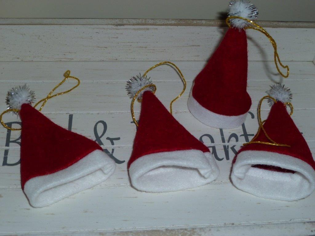 mini kerstmutsjes voor in de kerstboom