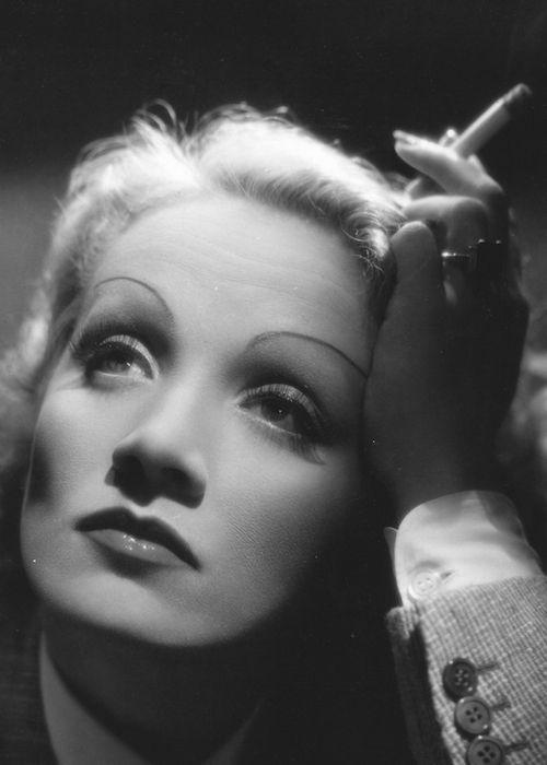 Resultado de imagen de cine en blanco y negro maquillaje