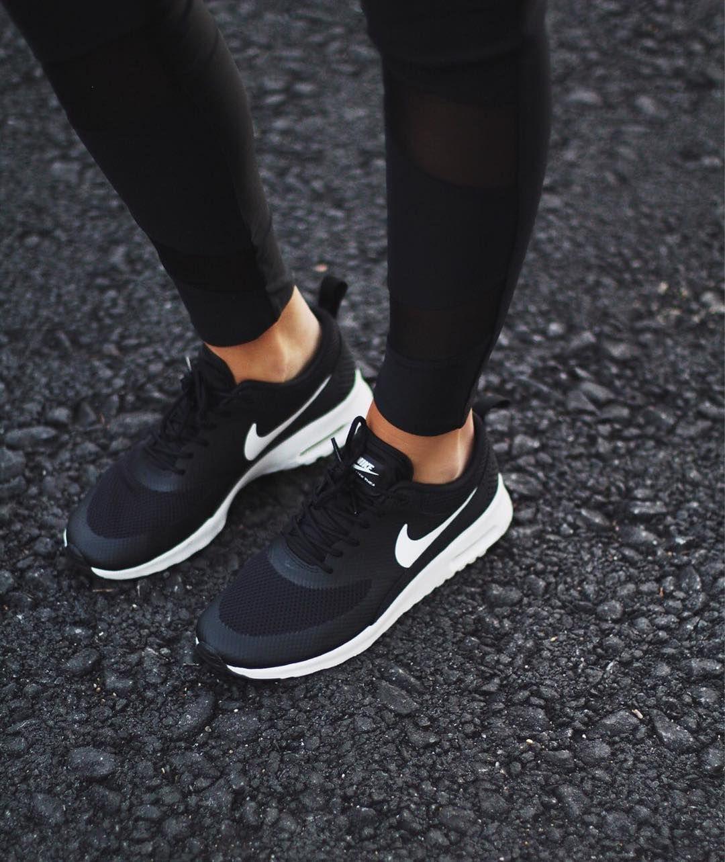 nike zapatillas mujeres negras
