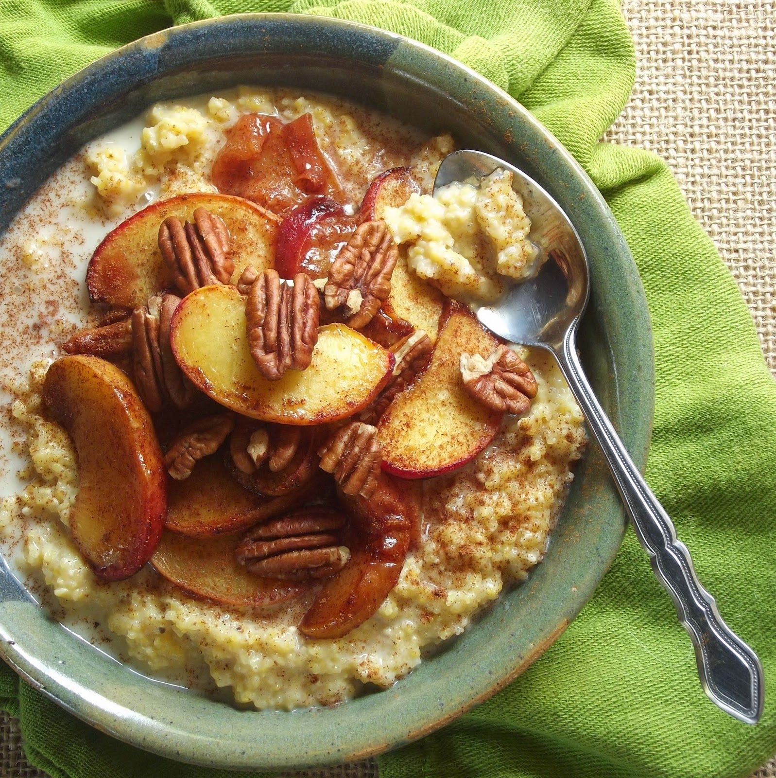Connoisseurus Veg Roasted Peaches And Creamy Breakfast Polenta Breakfast Bowls Recipe Breakfast Bowls Recipes