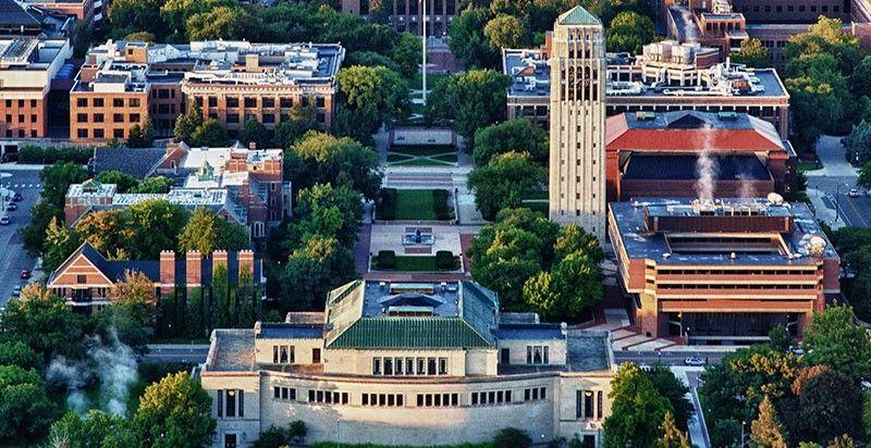 University Of Michigan Online Visitor S Guide Best Admission Essay Ann Arbor Essays Undergraduate