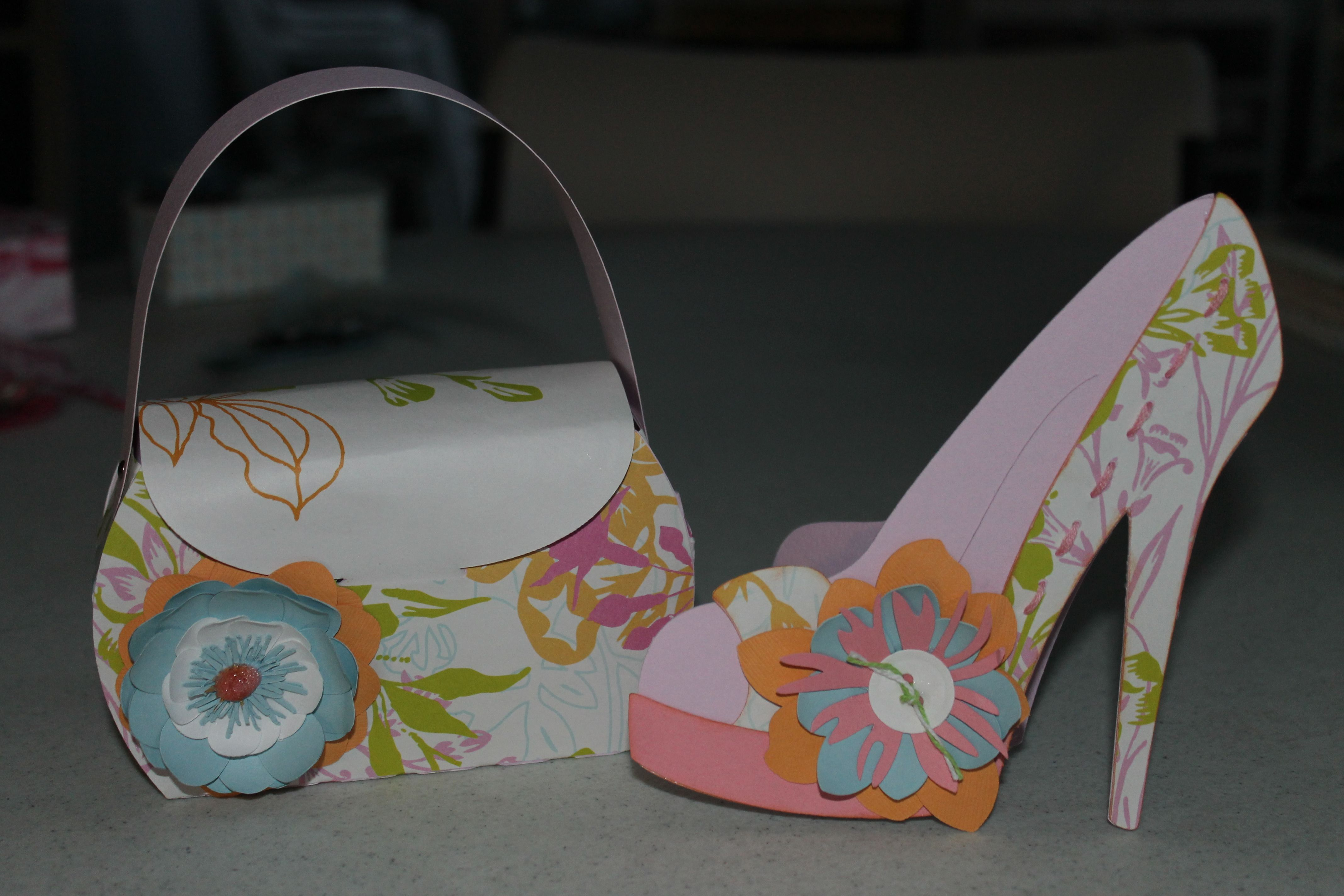 Purse gift bag and shoe card. I make these for a co-worker who gives ...