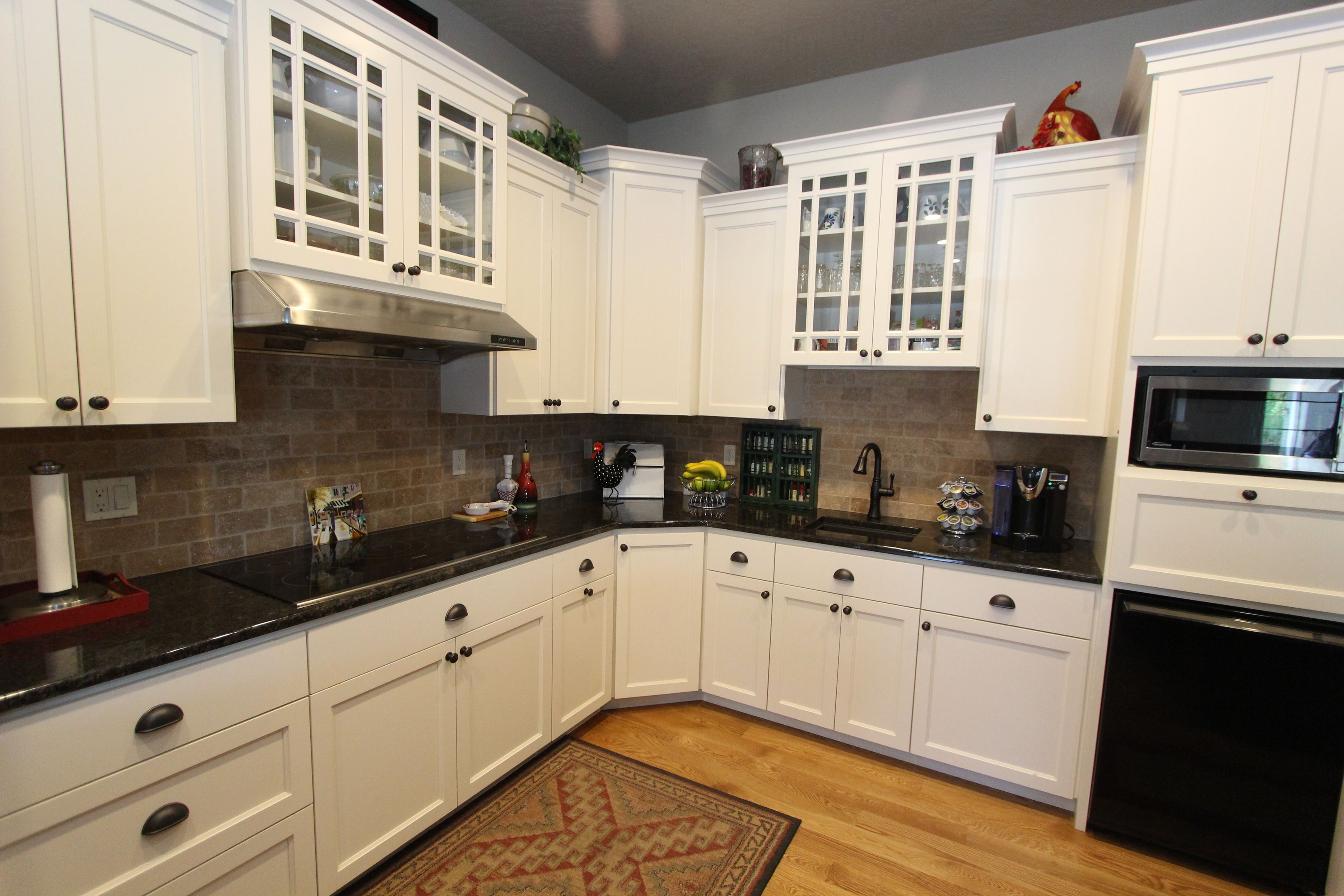 Best Affordable Custom Cabinets Showroom Custom Cabinets 400 x 300