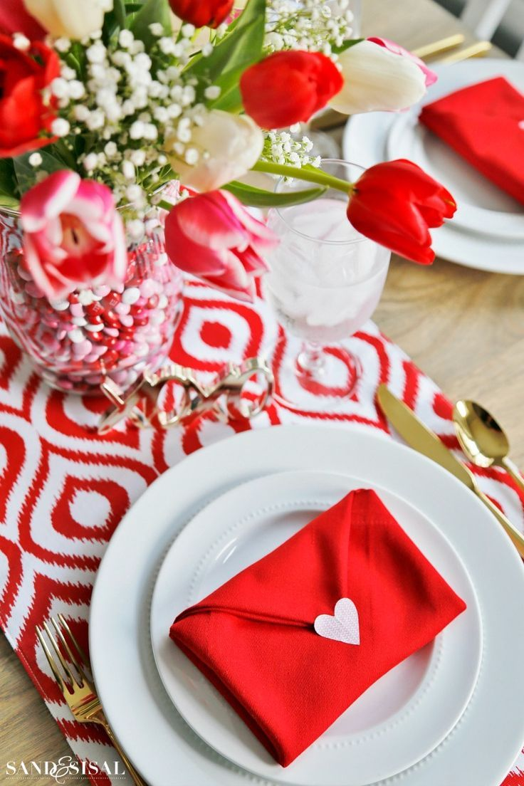 Valentine\'s Day Table Setting with Envelope Napkin Fold | Valentines ...