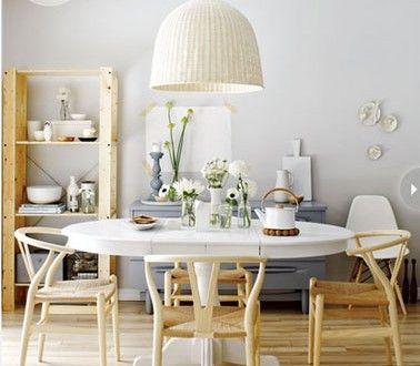 Déco Cuisine scandinave étagère bois table blanche