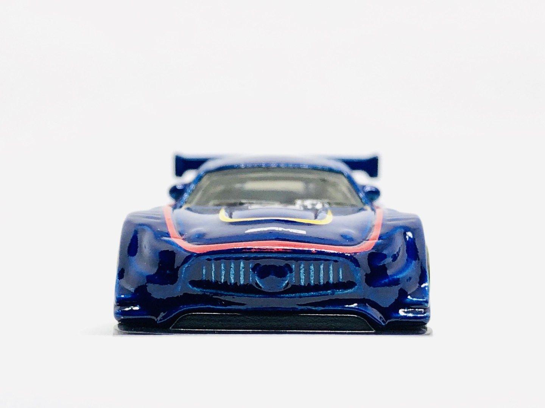Triple Showdown Hot Wheels Mercedes Benz Amg Gt Vs Custom Ford Mustang Vs Audi Rs6 Avant Diecastgraphy Mobil Biru Warna