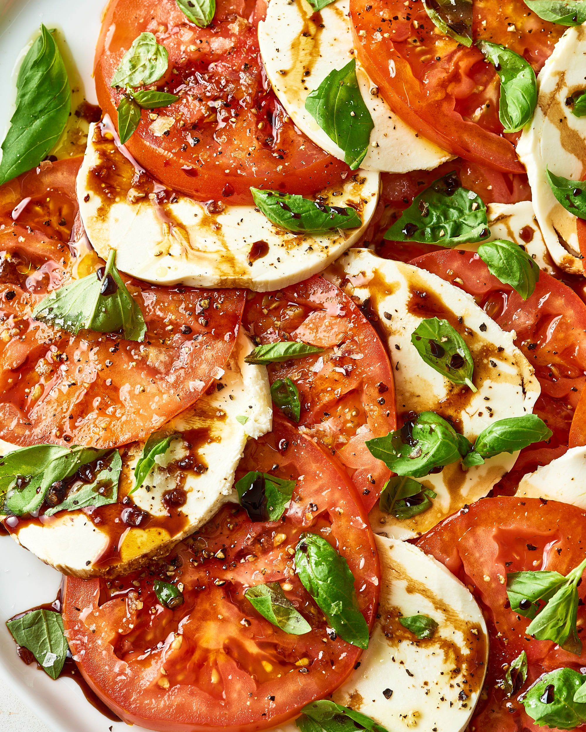 How To Make Easy Caprese Salad With Balsamic Glaze Recipe Caprese Salad Caprese Salad Recipe Caprese