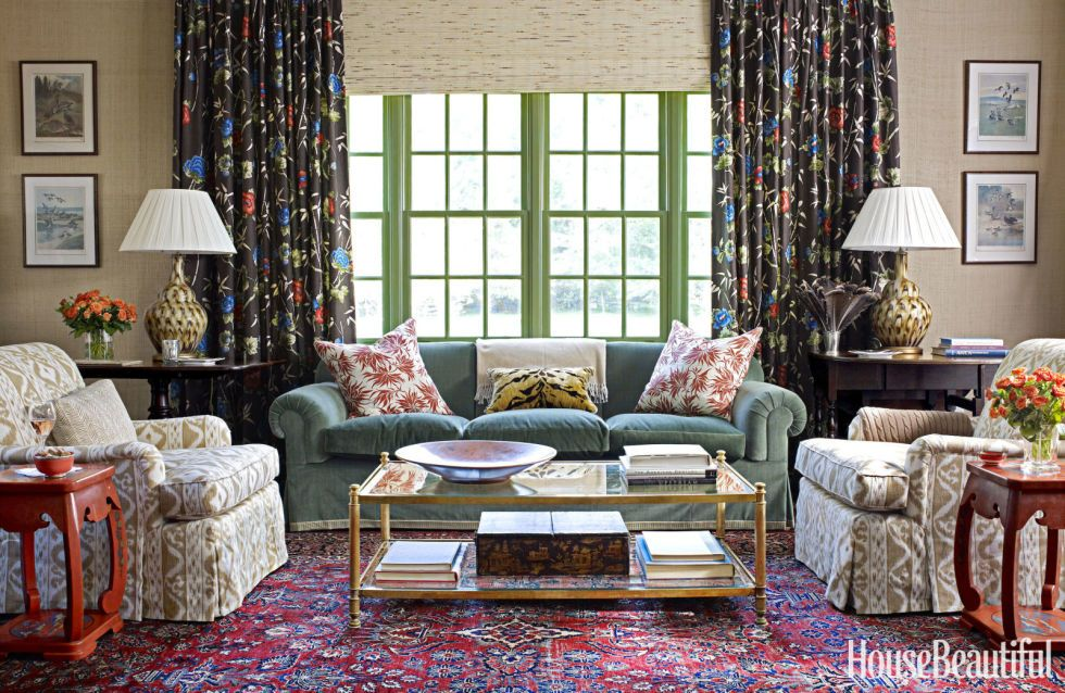 """11 """"dated"""" Decor Trends That Deserve To Make A Comeback  Colonial Mesmerizing Family Living Rooms Decoration Design Inspiration"""