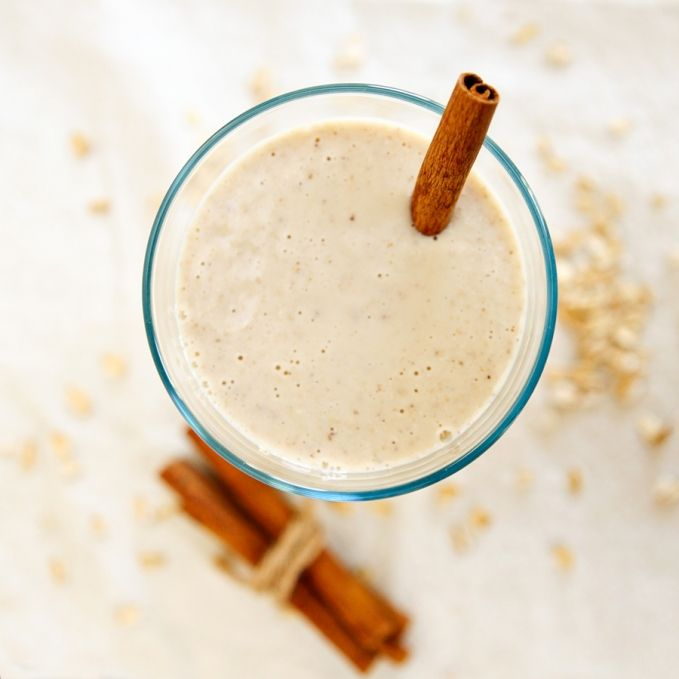 banana oatmeal smoothie - vegan