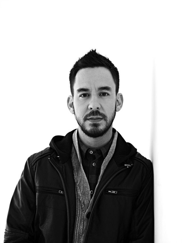 Mike Shinoda will be hosting a Q&A session on the Linkin Park Facebook page tomorrow November 8th at 10 AM PST.