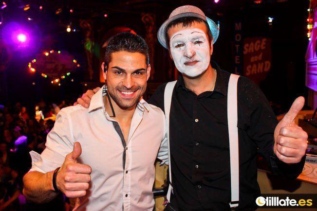 Con mi amigo Javi el mimo!