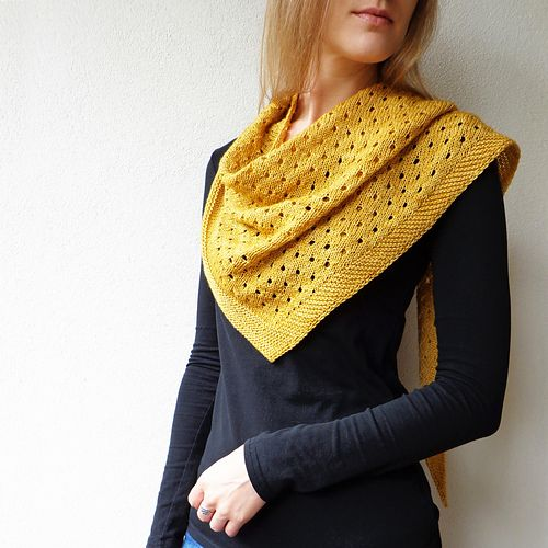 Ravelry: Gold Dust pattern by Lisa Hannes